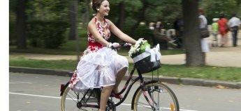 """Велопрогулянка """"Леді на велосипеді"""""""