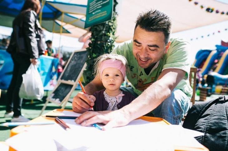 """PAPA-FEST: сімейний фестиваль в маркет моллі """"Даринок"""""""