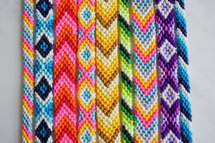 «Браслет дружби»: майстер-клас з плетіння фенічок. Дитяча субота