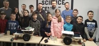 Роботурнір (змагання 20 кг роботів)
