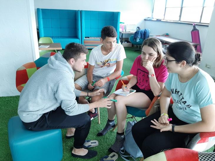 5 Дней - 9 Профессий на каникулах c Teen Camp