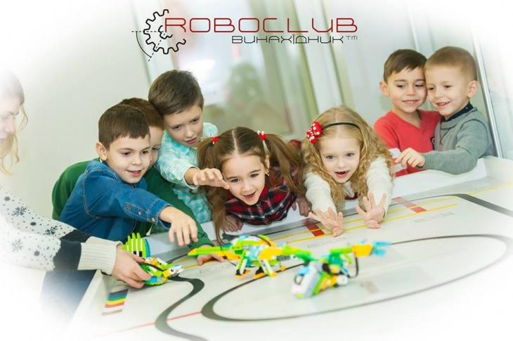Новорічний майстер-клас з робототехніки