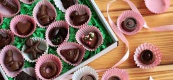 """Дитячий майстер-клас """"Шоколадні цукерки власноруч"""""""
