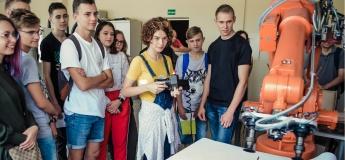 Табір професій та бізнесу в Литві