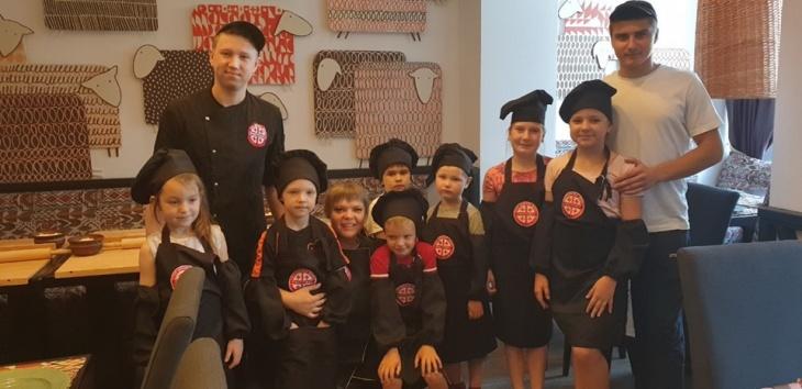 Дитячі майстер-класи в Джорджиан Фекторі