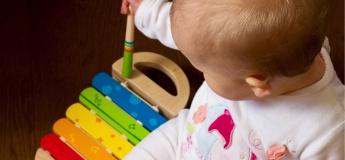 """Групповые занятия для малышей вместе с мамами """"Сенсорики"""" (1,5-2; 2-2,5 роки)"""