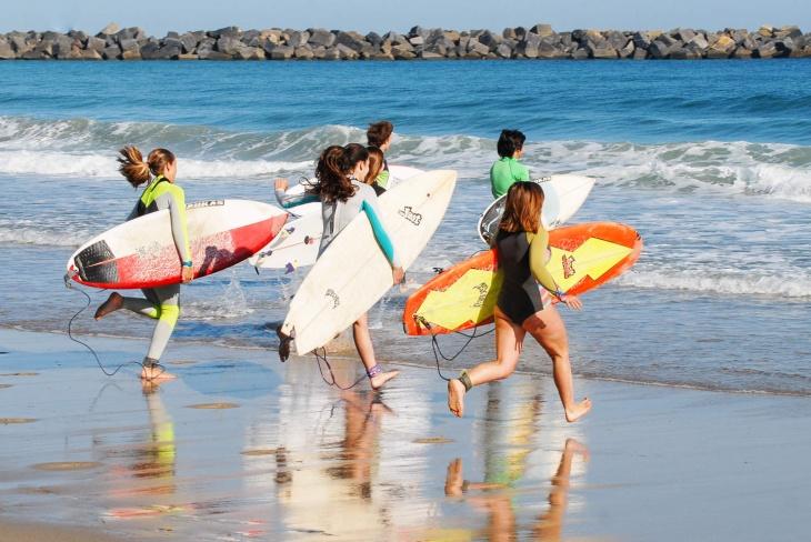 Табір для дітей у сонячній Португалії на травневі свята