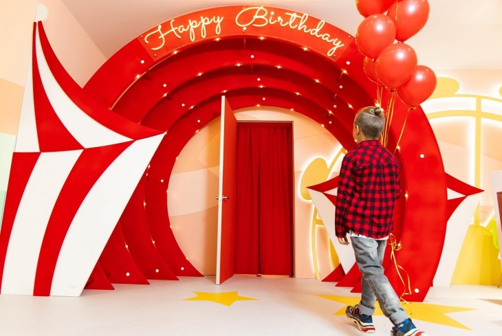 Комнаты для проведения Дня рождения от Амадор