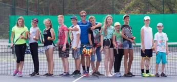 """Зимовий табір для дітей """"Англійська + теніс"""" від Speak Up"""