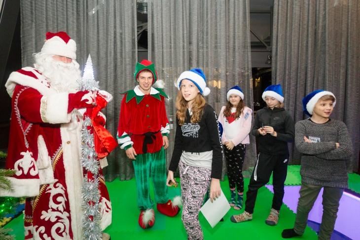 """Новогоднее Квест-Шоу """"Один Дома: Рождественские шалости"""""""