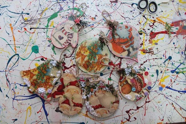 Дитячий майстер-клас із виготовлення ялинкових прикрас - декупаж