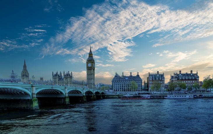 Літні канікули в центрі Лондона від Speak Up