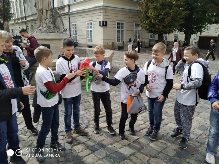 """Квест - екскурсія """"Секрети алхіміків"""" для дітей у Львові"""