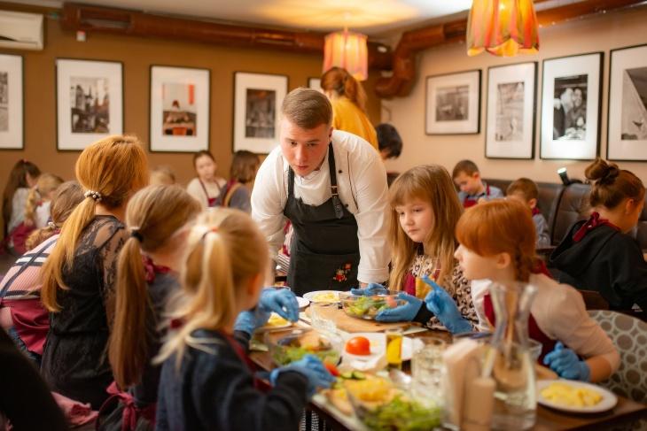 Кулинарная школа для детей: лимонный сезон в Très Français