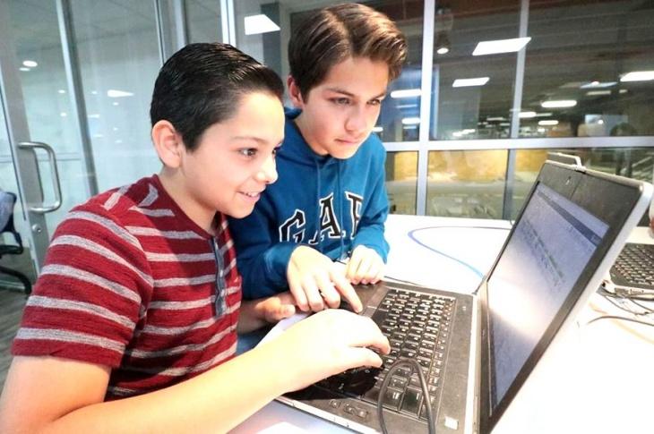Онлайн програми для дітей 10-16 років під час карантину