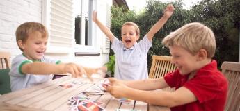 Дети, которые играют в игры. Настолки в Доме Блещунова