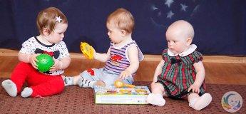 """Занятия для детей до 1 года """"Ползунки"""""""