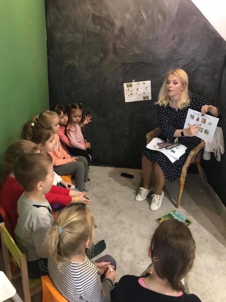 Saturday Stories - інтерактивна, англійська читанка для дітей