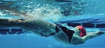 Заняття з плавання для дітей