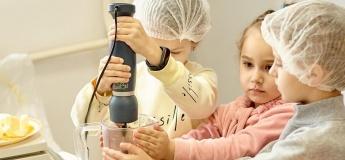 Кулінарні заняття для дітей в Kids Food Lab