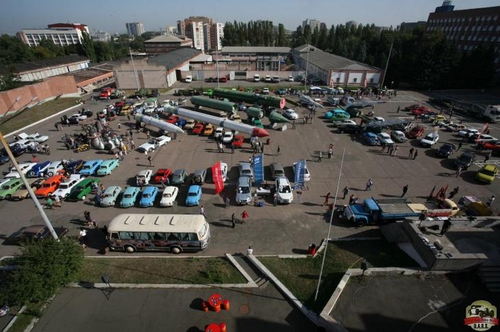 Выставка эксклюзивных ретро-автомобилей Dars-2016