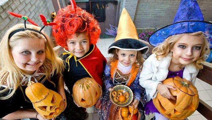 "Halloween у ""Кіндервілі"""