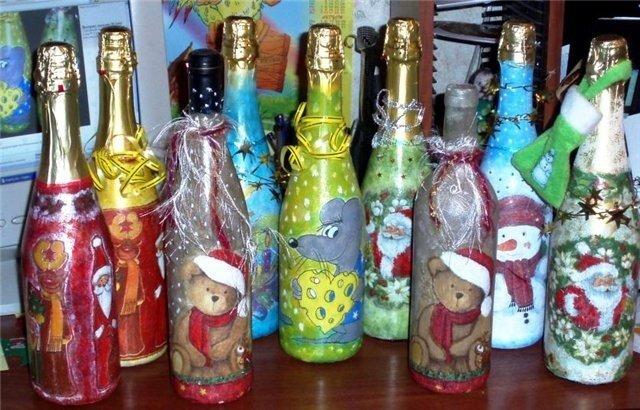 Майстер-клас з  декорування пляшечки у техніці декупаж.  Дизайн - новорічний!