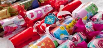 Новорічна цукерка та хлопалка
