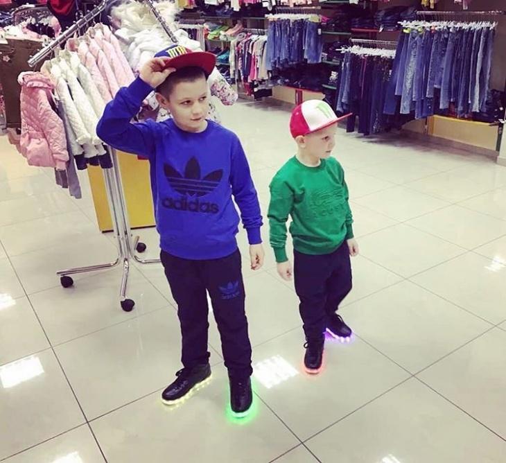 """""""Юніор"""" магазин дитячого одягу у Хмельницькому"""
