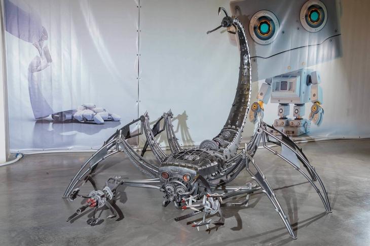 Виставка роботів трансформерів