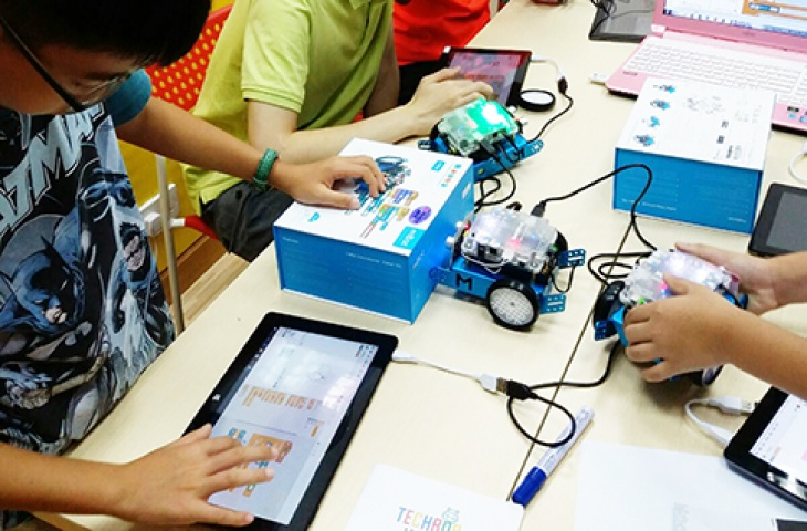 Introduction to Robotics Summer Camp Yuen Long