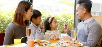 港畔餐廳週日早午合併自助餐  親子假日活動首選