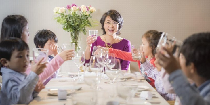Level 1: Western Table Manners (ages 7-12) - American style