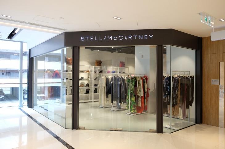 英國時尚品牌Stella McCartney期間限定店 驚喜登陸香港佛羅倫斯小鎮 多款女裝精選貨品以低至4折發售