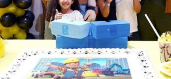 Birthday Cakes by Mattel Play! Town