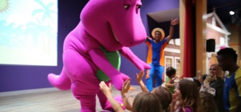 Barney™ @ Mattel Play! Town
