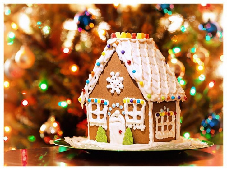 Decorate your own Ginger Bread House